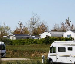 Camping Caravanile : Aire Campng Car