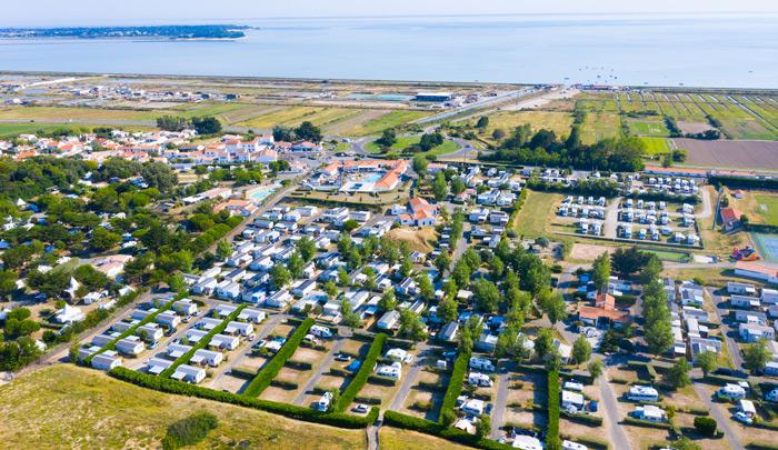 Camping Caravanile : Vue Acces Plage